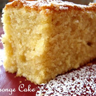 Christmas Sponge Cake - Alica's Pepperpot