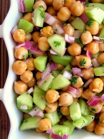 Chickpea salad - Alica's Pepperpot