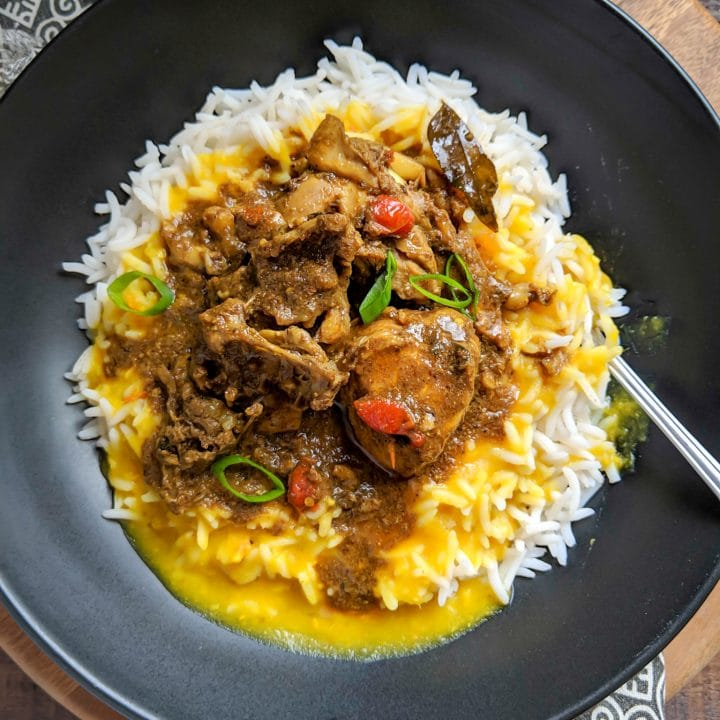 This is an image of Guyanese chicken curry from Alica's Pepperpot's blog